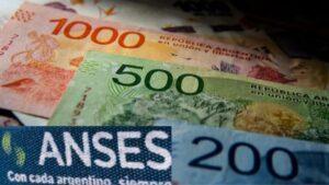 IFE 4: ¿Capacitación y trabajo para pagar los 10.000 pesos?